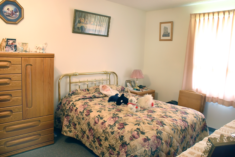Prairie Rose Manor - Bedroom